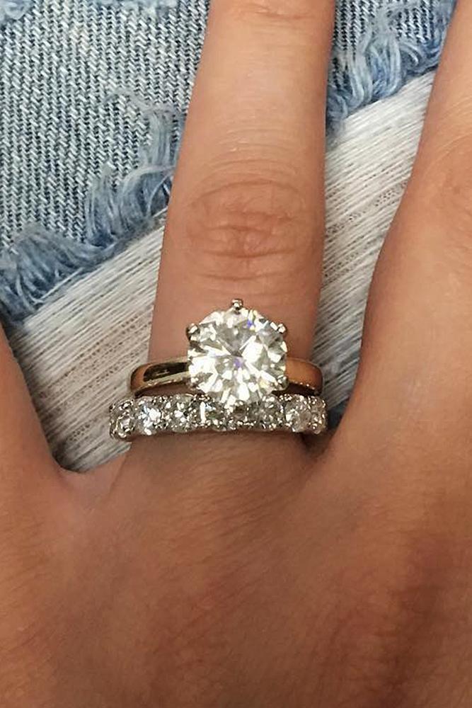 custom engagement rings round cut diamond rose gold wedding set