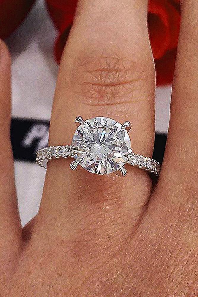 custom engagement rings solitaire round cut diamond pave band