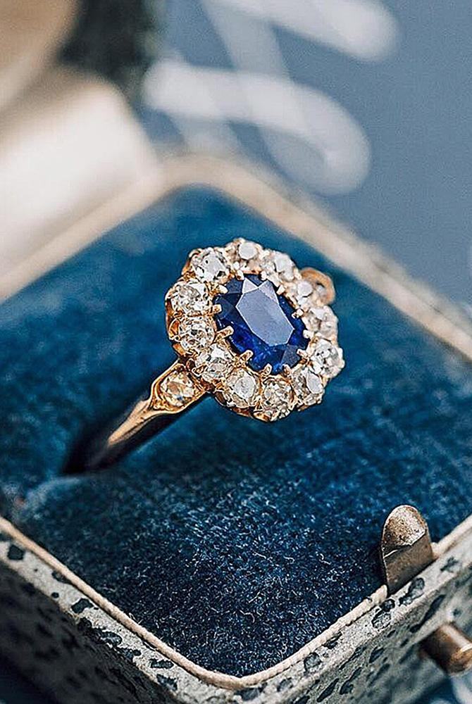 Best vintage engagement rings floral halo oval cut sapphire