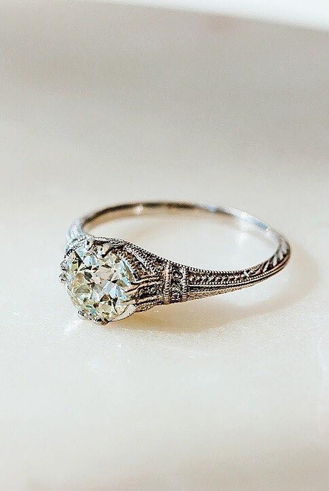 Vintage Round Diamond Engagement Rings