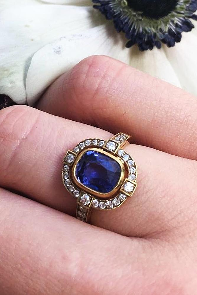 best vintage engagement rings sapphire gold halo