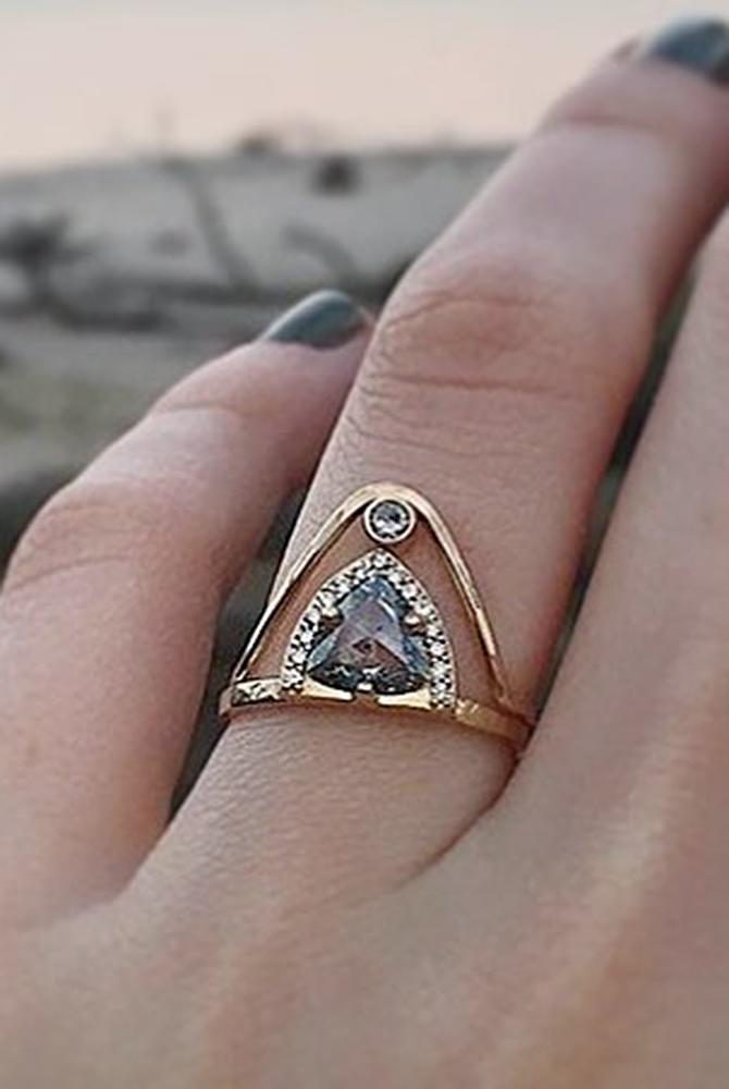 rose gold unique engagement rings pear cut black diamond