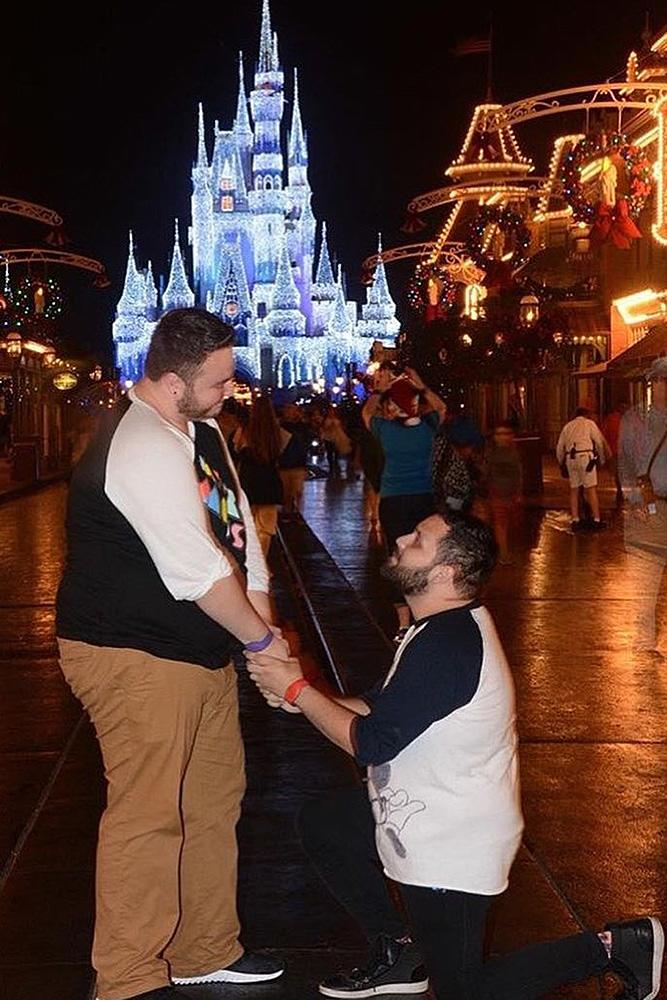 same sex proposals romantic proposal at the disneyland