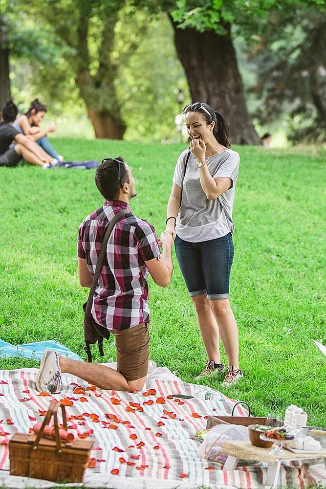 easter proposal ideas picnic surprise romantic