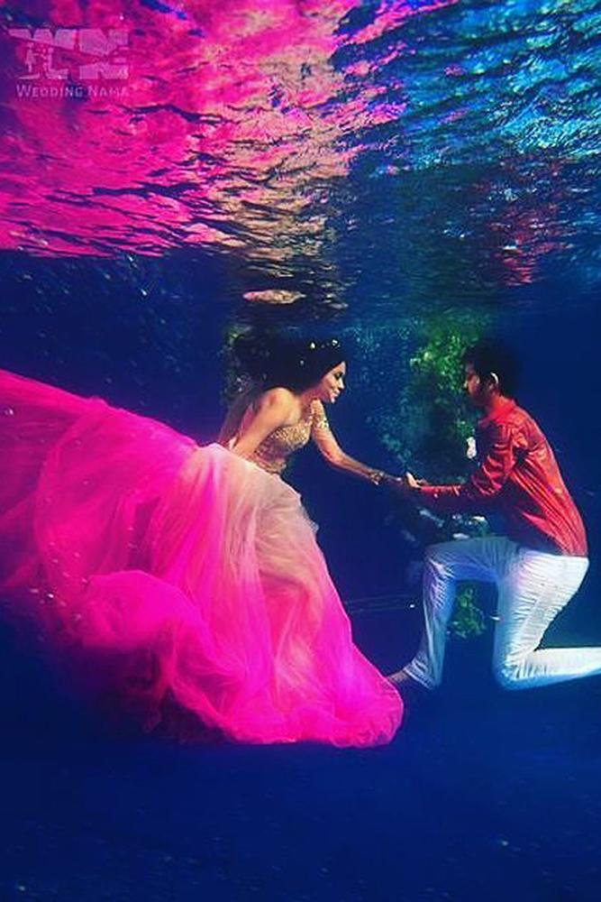 unique engagement ideas underwater proposal man and woman beautiful