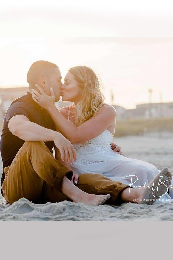 best beach proposal amourose photo idea for engagement