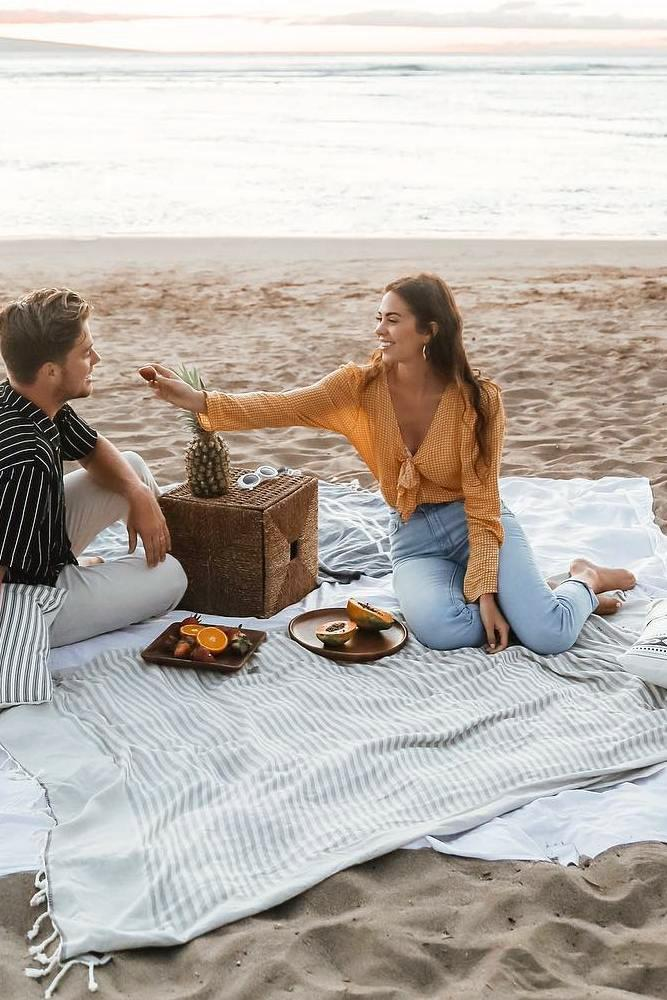 best beach proposal decorating of engagement as a picnic