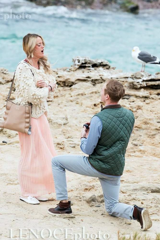best beach proposal gentelman proposal in traditional way