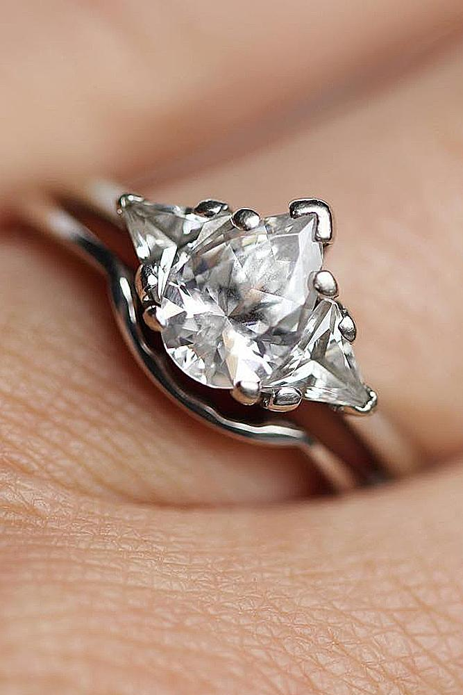 bridal sets white gold modern solitaire diamond pear cut