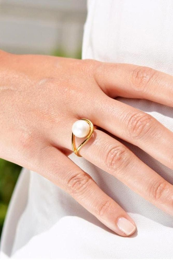 pearl engagement rings rose gold engagement rings non diamond engagement rings