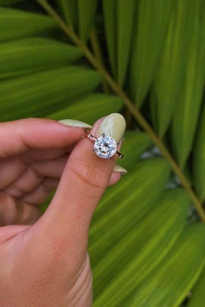 classic engagement rings classic engagement rings with round cut diamonds2