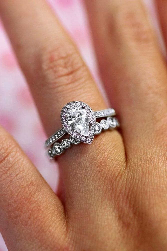 21 Stunning Pear Shaped Engagement Rings Oh So Perfect Proposal