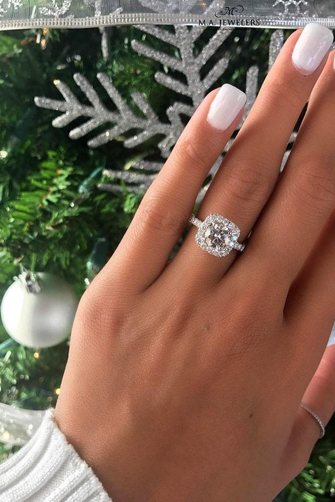 ring trends white gold engagement rings round cut engagement rings halo rings diamond engagement rings