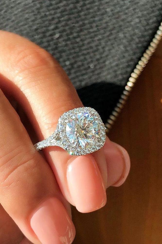 ring trends white gold engagement rings round cut engagement rings halo rings diamond engagement rings split shank