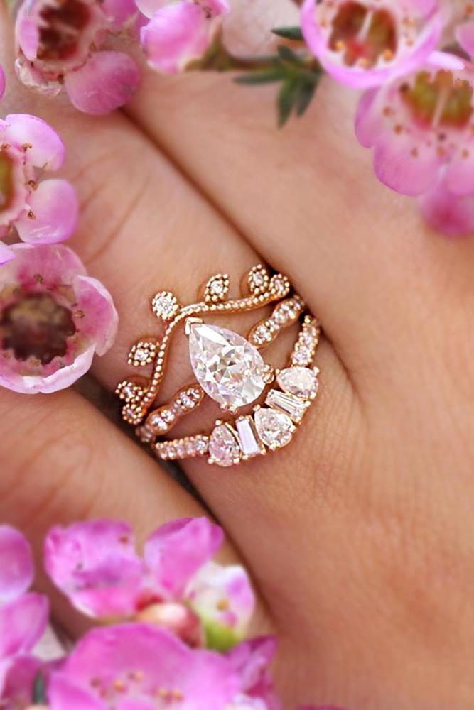 moissanite engagemen rings pear cut moissanite halo ring bridal sets