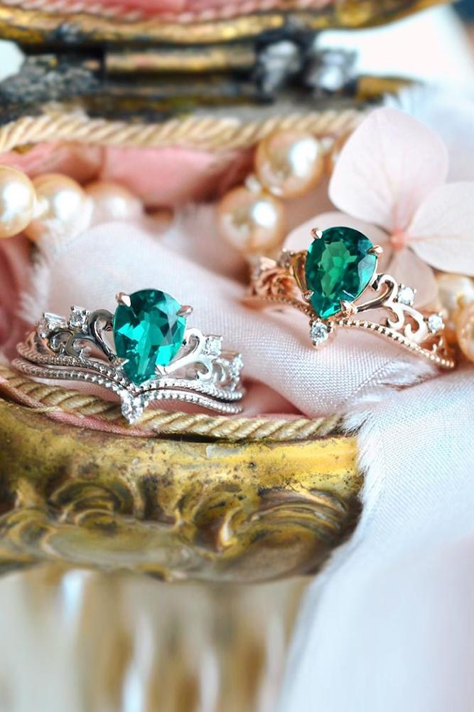 vintage engagement rings halo engagement rings emerald engagement rings