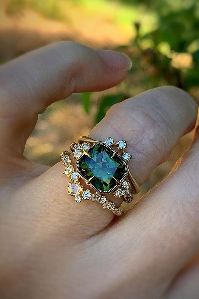 vintage wedding rings rose gold wedding rings green gemstone ring