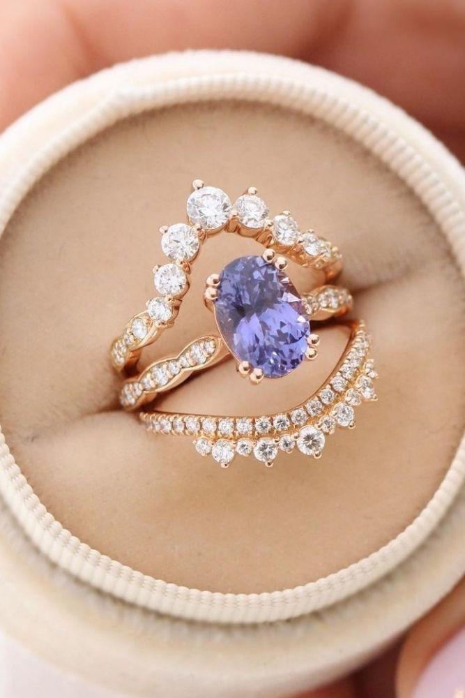 vintage wedding rings with unique elements1