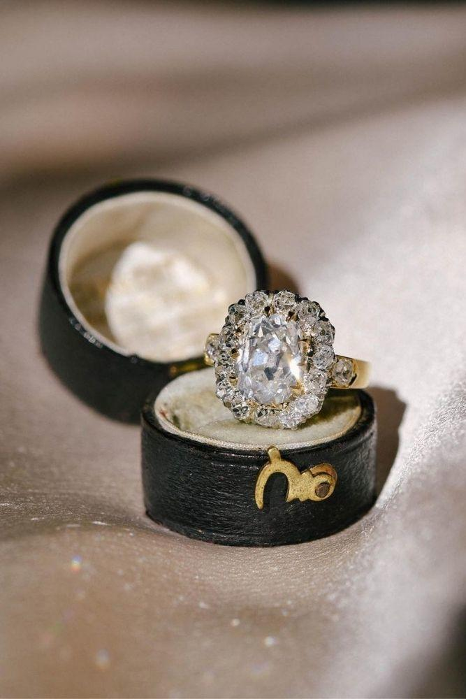 princess cut engagement rings in vintage style1