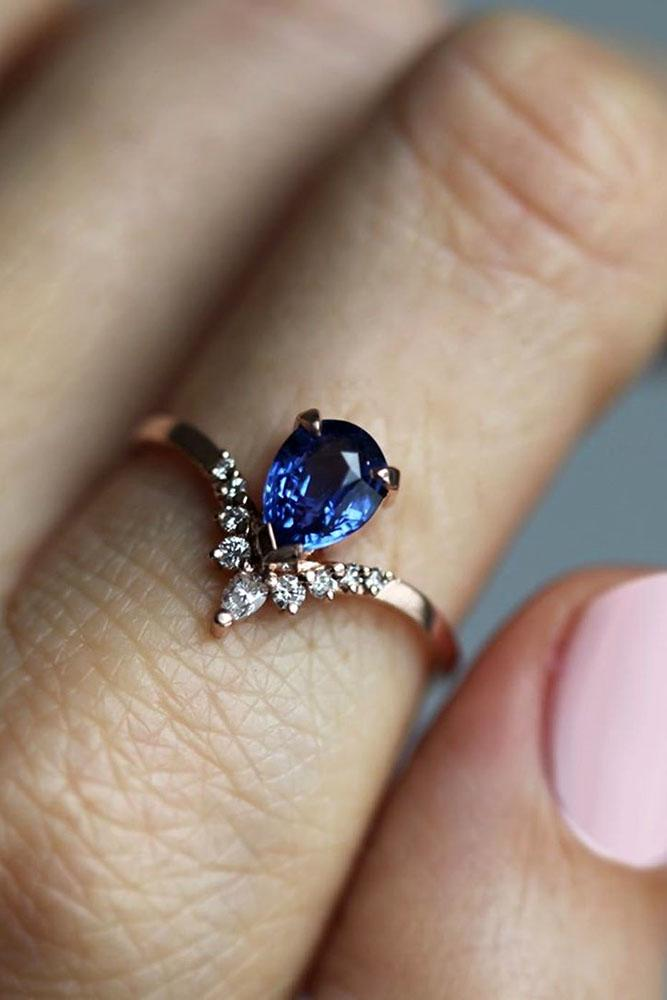sapphire engagement rings rose gold rings pear shaped rings blue sapphire diamond