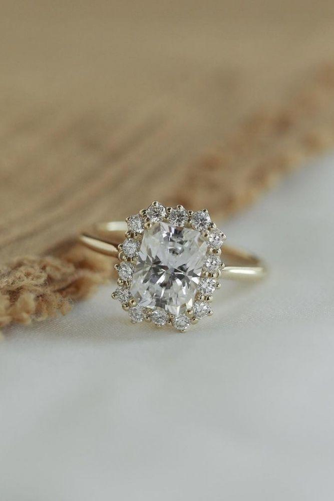 diamond engagement rings stunning diamond halo engagement rings