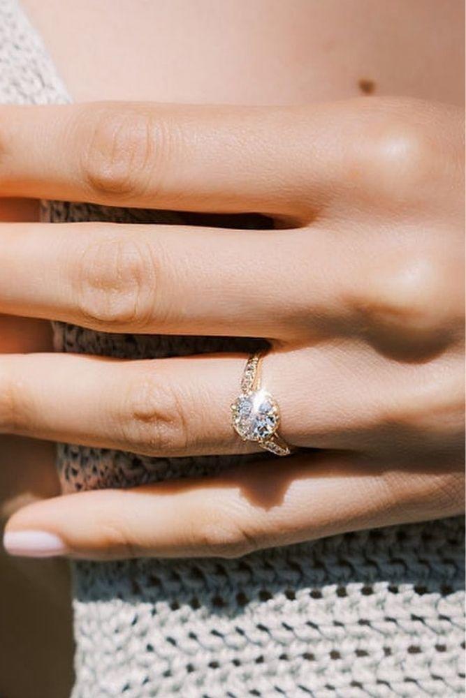 diamond engagement rings stunning round diamond engagement rings2