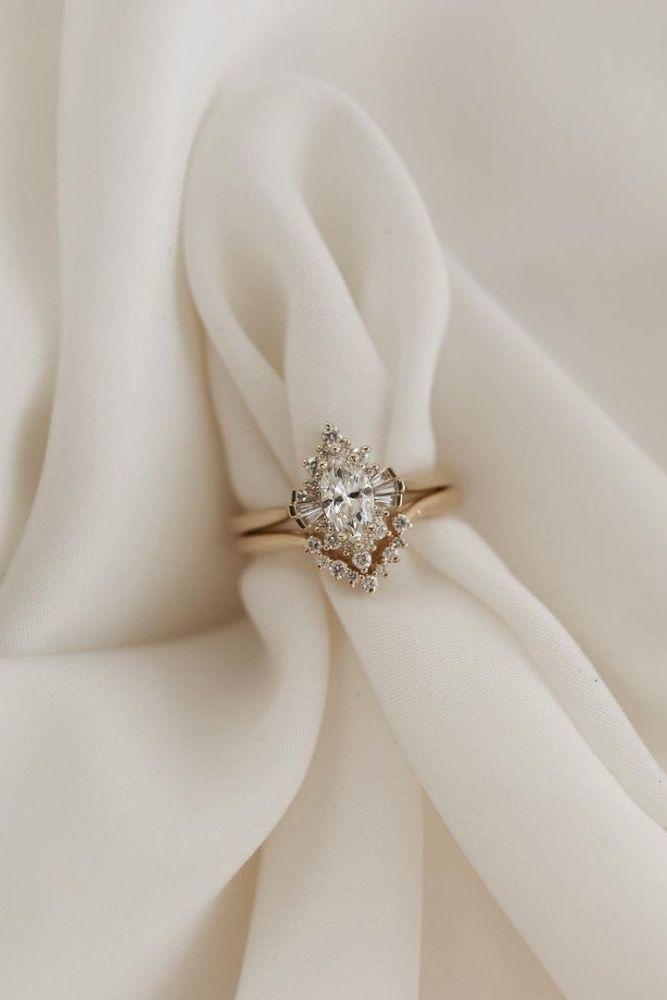 diamond engagement rings stylish marquise cut engagement rings2