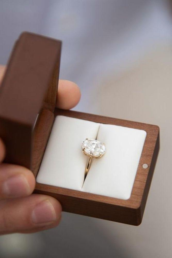 oval engagement rings in rose gold