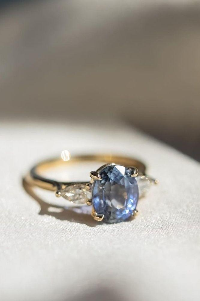 oval engagement rings three stone engagement rings2