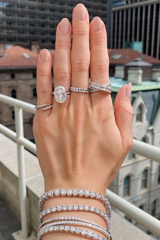 oval engagement ringswedding ring sets2