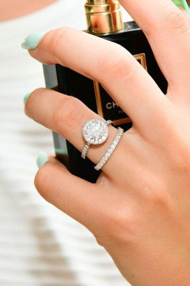 halo engagement rings round cut with diamond halo