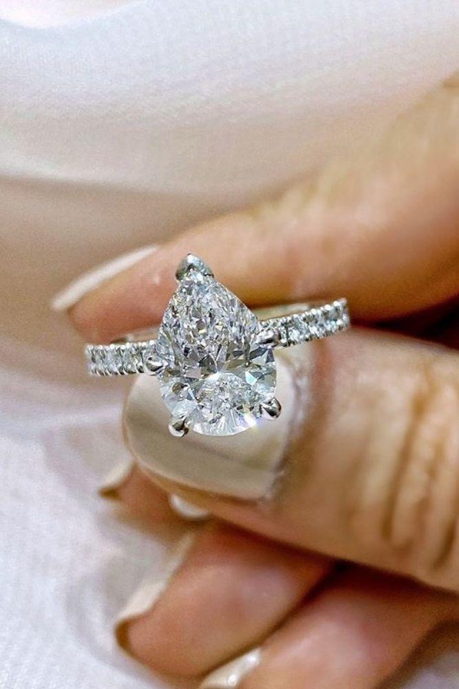 simple engagement rings pear shaped rings
