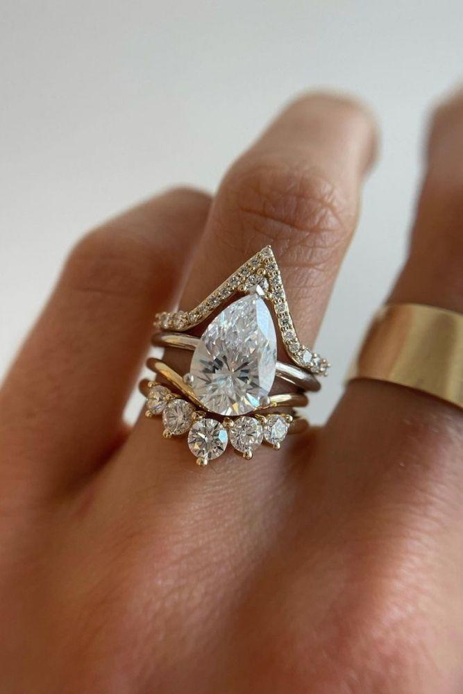 simple engagement rings pear shaped rings2