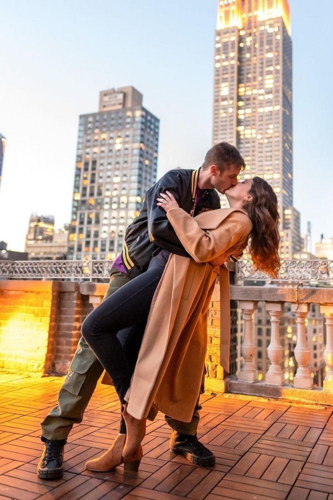 engagement photos romantic ideas